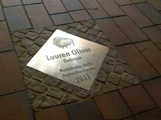 Lauren Oliver Delirium Book Award
